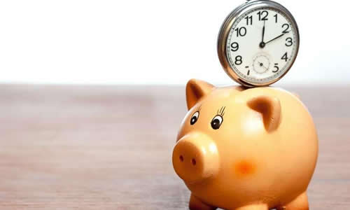 这个闹钟是一只可爱的小猪猪