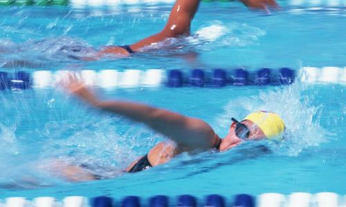 比赛游泳作文400字