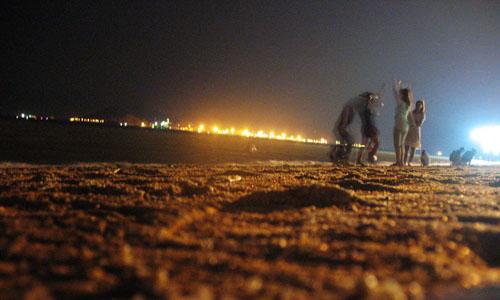 夜晚青岛海边图片