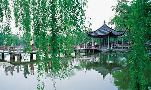 杭州西湖一日游作文