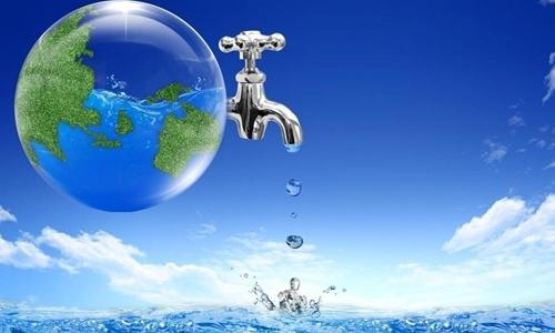 > 珍惜水源作文250字   尽管我国部分地区短期内有充分的水资源,但是