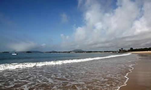 东山岛一日游作文